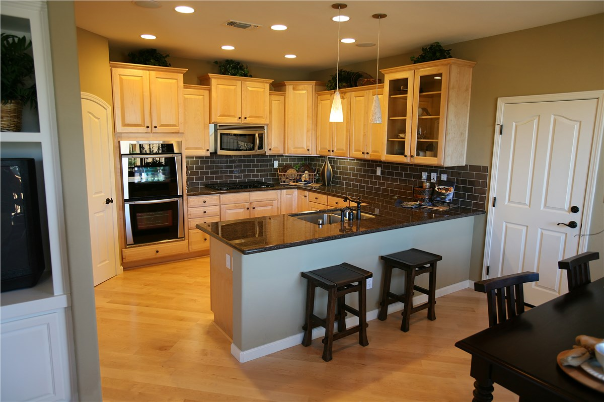 Kitchen Cabinet Refacing - Stow, OH