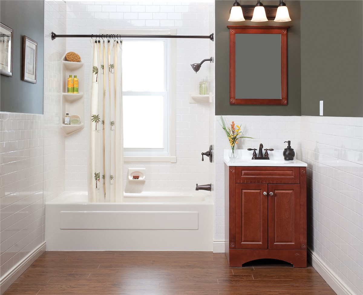 Madison Bath Wall Surrounds | Madison Bathroom Remodeling | Tundraland