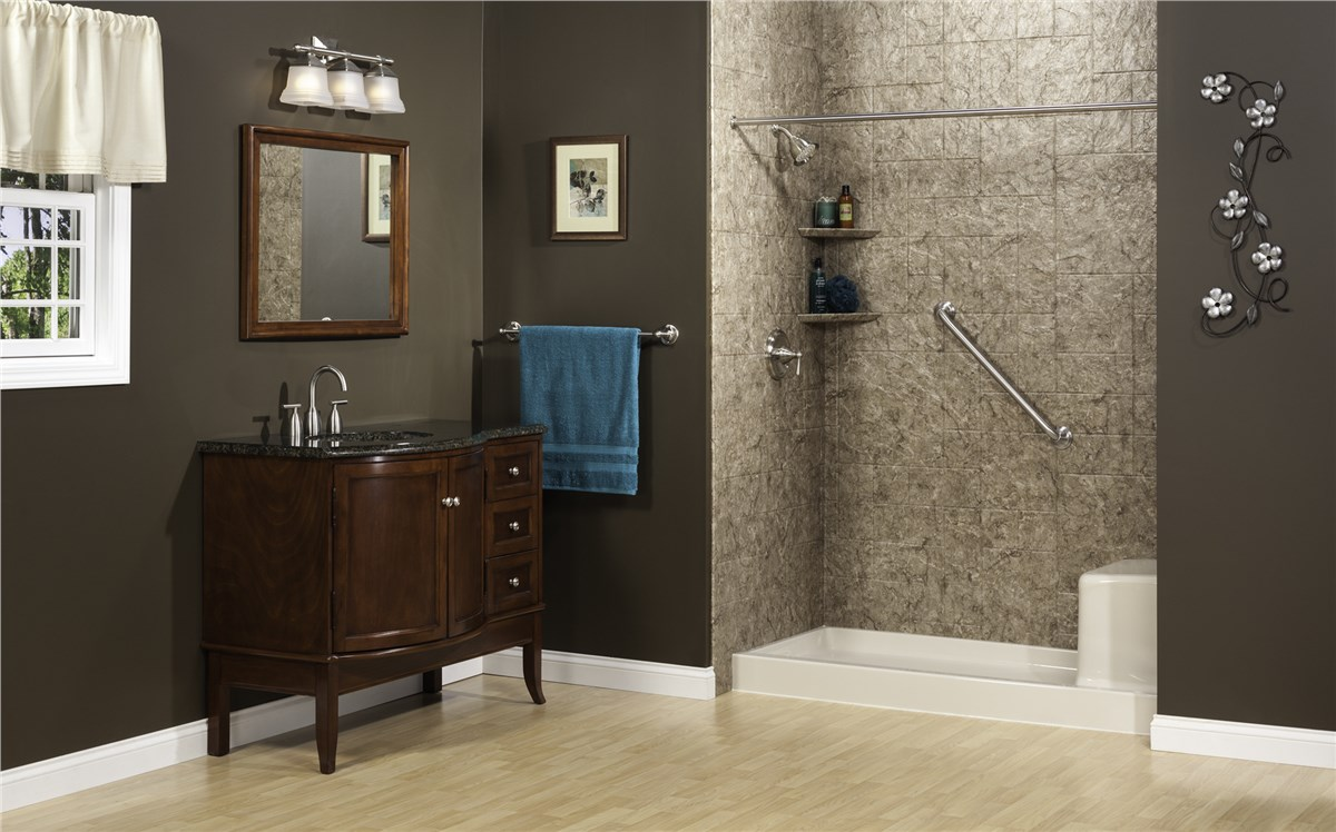 Bathroom Remodeling In Green Bay Wi : Green bay tub to shower conversions