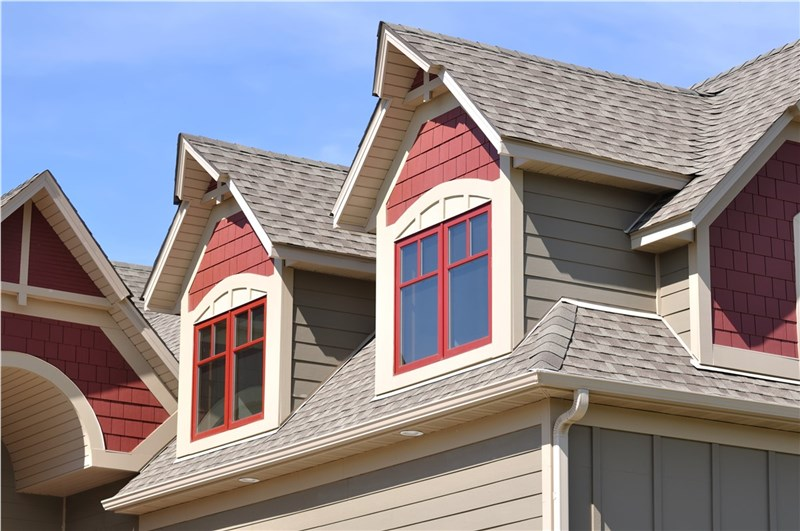 The Three Different Kinds of Asphalt Shingles You Need to Know About Before Replacing Your Roof