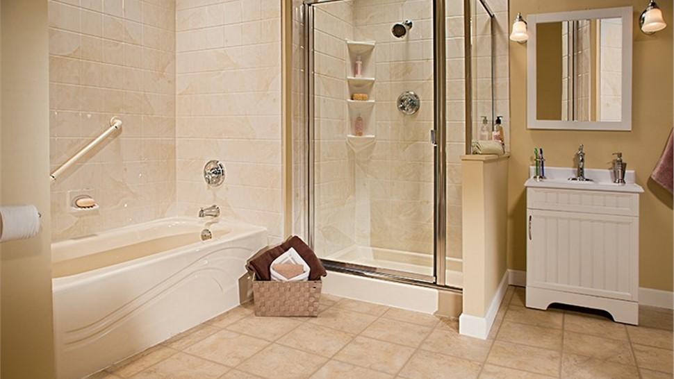 Bath Wall Surrounds Photo 1