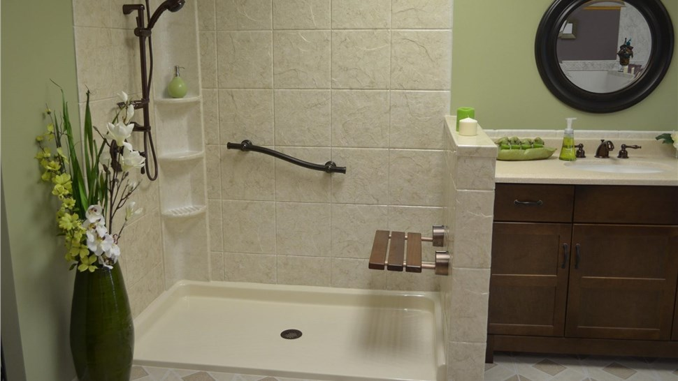 Bathroom Remodeling - Showers Photo 1