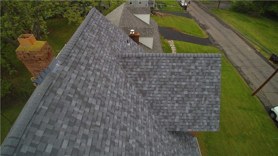 Roofing Contractor Photo 1
