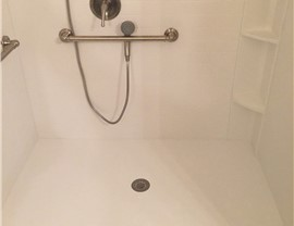 Bathroom Remodeling - Roll-in Showers Photo 4